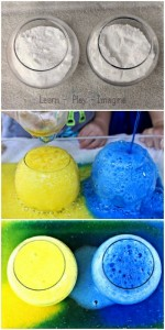 Color Mixing with Baking Soda and Vinegar (1)